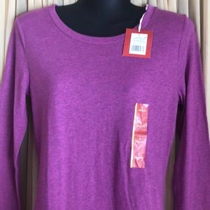 NWT Long Sleeved T Shirt Small Mossimo